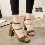 รองเท้าแฟชั่น ส้นสูง รัดข้อ หนังสักหราดนิ่ม สายคาดหน้าแต่งโซ่ทอง สวยมาก ล้านตัว สายรัดข้อปรับระดับได้ สูง 3 นิ้ว งานสวยที่ใส่ได้ตลอด แมทกับชุดได้หลากหลายสไตล์ สี ดำ ครีม (MX4101)