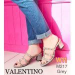 รองเท้าแฟชั่น ส้นสูง แบบสวม สไตล์วาเลนติโน แต่งหมุดทองสวยเก๋ ทรงสวยเก็บเท้า ส้นตัดสูงประมาณ 2 นิ้ว ใส่สบาย แมทสวยได้ทุกชุด (M217)