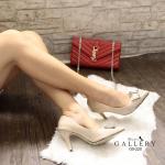 รองเท้าคัทชู ส้นสูง เรียบหรู สไตล์พราด้า หนังแก้วเงาสวย แต่งอะไหล่สไตล์แบรนด์ด้าน หน้า ทรงสวยดูเท้าเรียว ส้นสูงประมาณ 3 นิ้ว ใส่สวยสง่าดูดี แมทได้ทุกชุด (G5-220)