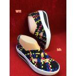 รองเท้ายางสานเพื่อสุขภาพ สีสลับสวยเก๋ ยางยืดหยุ่นอย่างดีกระชับเท้า เสริมส้นประมาณ 2 นิ้ว ใส่สบาย แมทเก๋ได้ทุกชุด