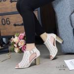 รองเท้าแฟชั่น ส้นสูง รัดข้อ ทรงหุ้มหน้าเว้าข้าง แต่งหนังฉลุลาย ส้นลายไม้สวยเก๋ หนังนิ่ม ทรงสวย ส้นสูงประมาณ 3.5 นิ้ว ใส่สบาย แมทสวยได้ทุกชุด (G711102)