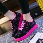 รองเท้าผ้าใบ The Hottest Women Sneakear พิเศษด้วยการตัดเย็บจากหนัง กำมะหยี่ผสม Polyester อย่างดี สีดำเท่ห์แต่งลายรอบด้าน พื้นรองเท้านิ่มสุด ๆ สำหรับสาวๆ ที่ชื่นชอบในลุคเท่ห์ๆ สปอร์ตเกิร์ล โทนสีสันสดใสสีเขียว ชมพู ขาว สูงหน้า 2.5 ซม. , ส้นสูง 3 ซม.