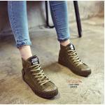 รองเท้าผ้าใบหุ้มข้อ สวยเท่ห์ งานนำเข้า ผ้าสักหราด ผูกเชือก ส้น PU ดีเทลสวยเก๋ไม่ซ้ำใคร อีกหนึ่งไอเทมที่ควรมี แมทเท่ห์ได้ทุกชุด สีดำ เขียว สูง 1.5 นิ้ว (OAD-0008)