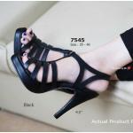 รองเท้าแฟชั่น ส้นสูง Woven Hight-Heels Style ดีไซน์หน้าสาน สไตล์งาน ยิปแซง สูงสง่า ส้น 4.5 นิ้ว เสริมหน้า 0.5 นิ้ว ใส่สวยดูโดดเด่น สีดำ ครีม (7545)