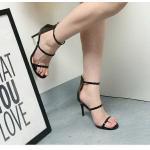 รองเท้าแฟชั่น แบบสวม รัดข้อ ส้นสูง ดีไซน์คาดหน้า 3 เส้น สไตล์แบรนด์ ส้นสูงประมาณ 4 นิ้ว ใส่สบาย แมทสวยได้ทุกชุด
