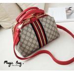 กระเป๋าแฟชั่น สไตล์ New Gucci Hand bag & cross- body bag pin gold กระเป๋าถือ ไฮโซ งานสวยมากๆ หลังปริ้นลาย GD ไม่มีจาง งานเกรด Premiuem Quality งานเกร๋ๆ Gucci ทรงหมอน Original วัสดุที่ ตัวล็อคกระเป๋า อะไหล่ทองทั้งใบ ปรับประกันคุณภาพ งานคุณภาพมากๆ ทนทานต่อก