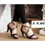 รองเท้าแฟชัน รัดข้อ สวยเก๋ แบบสวม สายไขว้แต่งหมุดทอง ดูเท้าเรียว ส้นสูงประมาณ 2.5 นิ้ว ใส่สบาย แมทสวยได้ทุกชุด