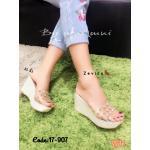 รองเท้าแฟชั่น ส้นเตารีด แบบสวม หน้าคาดพลาสติกใสนิ่มแต่งหมุดสวยเก๋ เพิ่มความหรูด้วยส้นแต่งกลิสเตอร์วิ้ง ทรงสวย สูง 3.5 นิ้ว เสริมหน้า ใส่สบาย แมทสวยได้ทุกชุด (17-907)