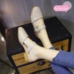 รองเท้าคัทชู ส้นเตี้ย งานนำเข้า สไตล์เกาหลี ดีไซน์เก๋ หัวปิด รัดส้น เสริมส้น 1 นิ้ว ใส่สบายมาก จะสวมใส่กับเสื้อผ้าชุดไหนๆ ก็สวย สี ครีม ขาว