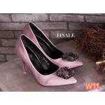 รองเท้าคัทชู ส้นสูง สวยหรู ทรงหัวแหลมดูเท้าเรียว แต่งอะไหล่เพชรหรูด้านหน้าสไตล์ แบรนด์ ส้นสูงประมาณ 4 นิ้ว แมทสวยได้ทุกชุด (FH 460)