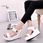 รองเท้าส้นเตารีด รัดข้อ สไตล์ Korea Fashion สวยเก๋เท่ห์ งานนำเข้า วัสดุหนัง พียูนุ่มๆ เนื้อเนียนสวย น้ำหนักใส่เดินสบายทั้งวัน แบบรัดข้อ เป็นเมจิกเทปใส่ง่าย พร้อมอะไหล่สีทองสวยหรู ส้นสูงประมาณ 3 นิ้ว เสริมหน้า 1.5 นิ้ว แมตกับลุคเรียบๆ สุดชิค สีดำ ขาว