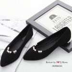 รองเท้าคัชชู ส้นแบน สวยหรู ทำจากผ้าสักหลาดอย่างดี ใส่แล้วดูขับผิวเท้า ประดับไข่มุกดูน่ารักๆ ทรงสวย ดูเท้าเรียว ใส่เดินสบาย แมทกับชุดได้หลาย Style