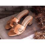 รองเท้าแฟชั่น แบบสวม สวยหรู หน้า H สไตลแอร์เมส วัสดุอย่างดี ส้นตัดสูงประมาณ 2 นิ้ว ใส่สบาย แมทสวยได้ทุกชุด