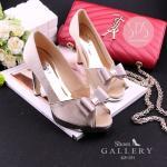 รองเท้าคัทชู ส้นสูง เปิดนิ้ว ดีไซน์สวยหรู ประดับโบว์ เพิ่มความสวยหรู ด้วยขอบทอง ใส่แล้วสวยดูดีมาก แมทได้ทุกชุด สีดำ นู้ด (G5-151)