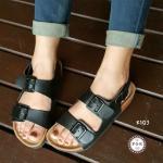 รองเท้าแตะแฟชั่น แบบสวมหนังคาด สวยเท่ห์ ติดอะไหล่เข็มขัดเก๋ๆ ส้นยางเสริมพื้นสูง 1 นิ้ว งานหนังสัมผัสเท้านุ่มมาก ใส่สบายฟินสุด เท่ห์ ได้ทุกวัน สีขาว ดำ (K103)