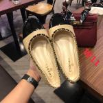 รองเท้าคัทชู ส้นแบน ตัดสีหนังเงาหัวมน ขอบแต่งโซ่สวยหรูน่ารักสไตล์ชาแนล หนังนิ่ม ทรงสวย ใส่สบาย แมทสวยได้ทุกชุด