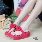 รองเท้าแตะแฟชั่น แบบหนีบ แต่งโบว์ประดับคลิสตัลสวยกรูน่ารัก พื้นบุน่วมนุ่ม เพื่อสุขภาพเท้า หนังนิ่ม ใส่สบาย แมทสวยได้ทุกชุด (L2679)