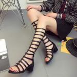 รองเท้าแฟชั่น ทรงแกลดิเอเตอร์ ซิปหลังใส่ง่ายมาก วัสดุหนัง PU ส้นสูง 5.5 cm ฮอตฮิตที่สุดในตอนนี้ ดาราเซเลปใส่กันเพียบ สีดำ