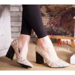 รองเท้าคัทชู ส้นสูง แต่งลายทวิตสไตล์แบรนด์ ทรงสวยเพรียว ส้นตัดสูงประมาณ 4 นิ้ว ใส่ออกงาน สวยโดดเด่น แมทสวยได้ทุกชุด