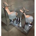 รองเท้าแฟชั่น ส้นสูง สวยหรู รัดข้อ หนังกลิตเตอร์สวยเป็นประกายแต่งคลิสตัลเพิ่มความ หรู สายรัดตะขอเกี่ยวใส่ง่าย สวยหรูโดดเด่นเกินใคร