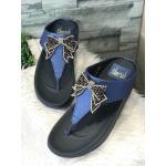 รองเท้าแตะแฟชั่น แบบหนีบ แต่งโบว์คลิสตัลสวยหรู พื้นซอฟคอมฟอตนิ่มเพื่อสุขภาพ สไตล์ฟิตฟลอบ ใส่สบาย แมทสวยได้ทุกชุด (YT120)