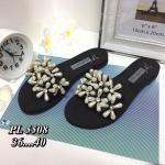 รองเท้าแตะแฟชั่น แบบสวมสวยหรูหราน่ารัก แต่งดอกไม้เพชร วัสดุอย่างดี ใส่สบาย แมทชุดเก๋ได้ทุกวัน (PL5508)