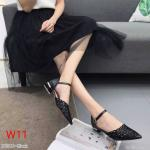 รองเท้าคัทชู ส้นเตี้ย รัดส้น ทรงหัวแหลม หนังฉลุลาย ส้นเหลี่ยมสวยเก๋ ทรงสวย หนังนิ่ม ใส่สบาย ส้นสูงประมาณ 1 นิ้ว แมทสวยได้ทุกชุด (K9300)