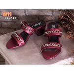 รองเท้าแฟชั่น ส้นสูง แบบสวม แต่งโซ่ทองสวยเก๋ ส้นตัดสูงประมาณ 2.5 นิ้ว ทรงสวย เก็บหน้าเท้า ใส่สบาย แมทสวยได้ทุกชุด