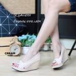 รองเท้าคัทชู ส้นเตารีด เปิดหน้าแต่งลายไขว้สวยเรียบหรู สูง 3 นิ้ว เสริมหน้า 0.5 นิ้ว หนังนิ่ม ทรงสวย ใส่สบาย แมทสวยได้ทุกชุด (V2039)