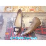 รองเท้าคัทชู ส้นเตารีด สวยหรู แต่งอะไหล่เพชรด้านหน้า พื้นนิ่ม ใส่สบาย ส้นสูงประมาณ 1.5 นิ้ว แมทสวยได้ทุกชุด (CA7605)