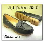 รองเท้าคัทชู ส้นเตี้ย ทรง loafer สวยเก๋ แต่งโบว์หน้า ร้อยเส้นหนังด้านข้าง พื้นยางอย่าง ดี ใส่สบาย แมทสวยได้ทุกชุด