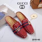 รองเท้าคัทชู เปิดส้น สวยเก๋ แต่งคาดแถบสีสไตล์กุชชี่ เพิ่มดีเทลหมุดทองและอะไหล่ GG สวยหรู หนังนิ่มอย่างดี ใส่สบาย แมทสวยได้ทุกชุด (2015-40)