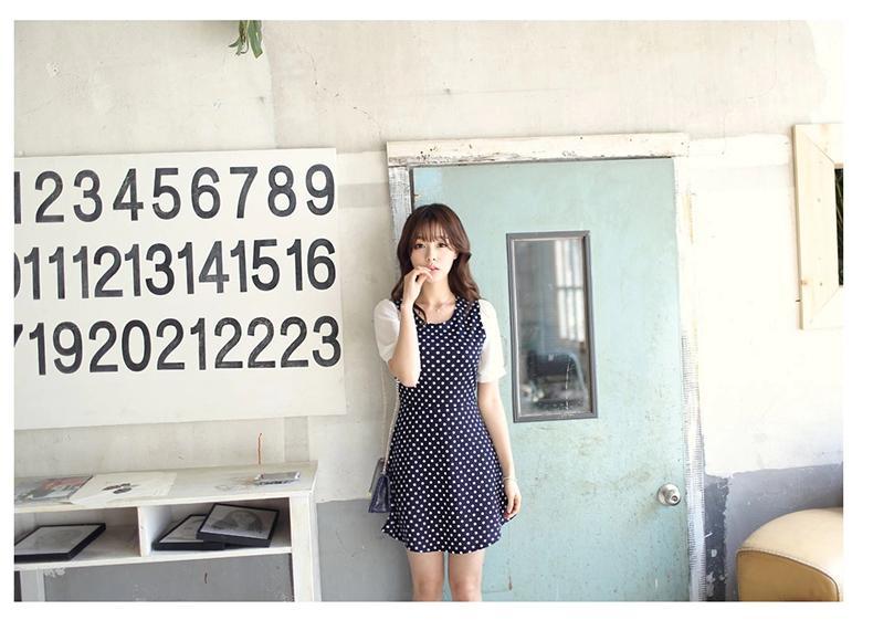 [พรีออเดอร์] ชุดเดรสผู้หญิงแฟชั่นเกาหลีใหม่ แขนสั้น ลายจุด - [ Preorder] New Korean Fashion Slim Ploka Dot Short-sleeved Dress