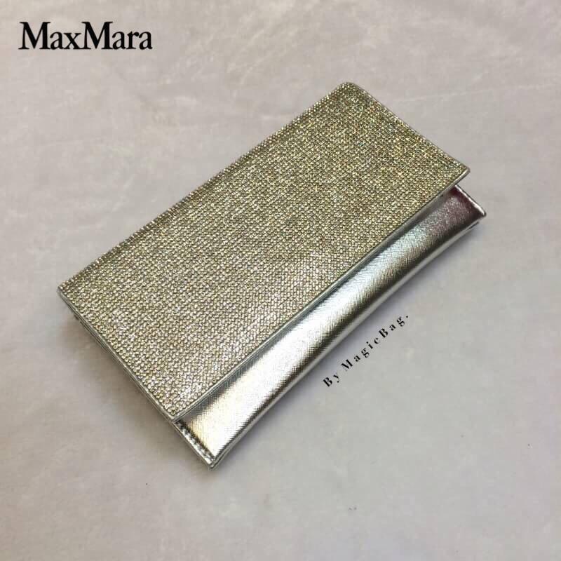 """กระเป๋าแฟชั่น สไตล์ MaxMara กระเป๋าคลัทช์ เพชรวิ้ง แวววาว เรียบหรู ดูดีสุดๆ สามารถถือออกงานได้ หรูหรามากๆ มีสายยาวสะพายโซ่ สายเงา มาก สวยงามโดดเด่น สีดำ เงิน ทอง เทา Size 0.5 x 9.5 5.5 """""""