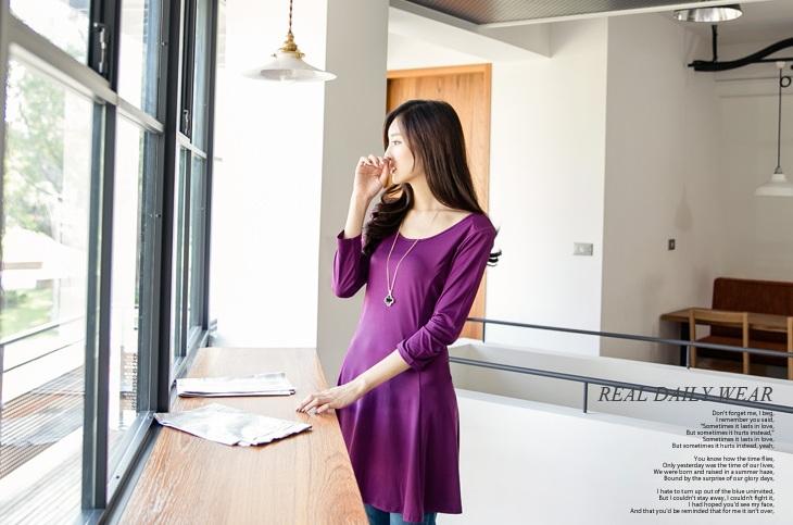 [พรีออเดอร์] เสื้อเดรสแฟชั่น Orange Bear แขนยาว คอกลม เสื้อตัวยาว เก๋ น่ารัก - [Preorder] Women ฺHitz Korean version Orange Bear of Round Neck Long-sleeved Dress
