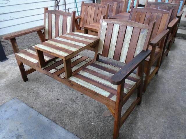 เก้าอี้สองเกลอไม้เก่า