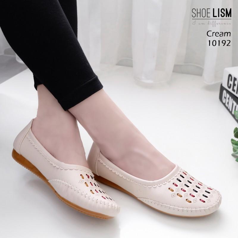 รองเท้าคัทชู ส้นเตี้ย สไตล์ Loafer ที่หนังนิ่มที่สุด พื้นบุนวมซัพพอร์ทอุ้งเท้า ลายใหม่ ใส่สบาย หนังนิ่ม ทรงสวย สูงประมาณ 1 นิ้ว ใส่สบาย แมทสวยได้ทุกชุด (10192)
