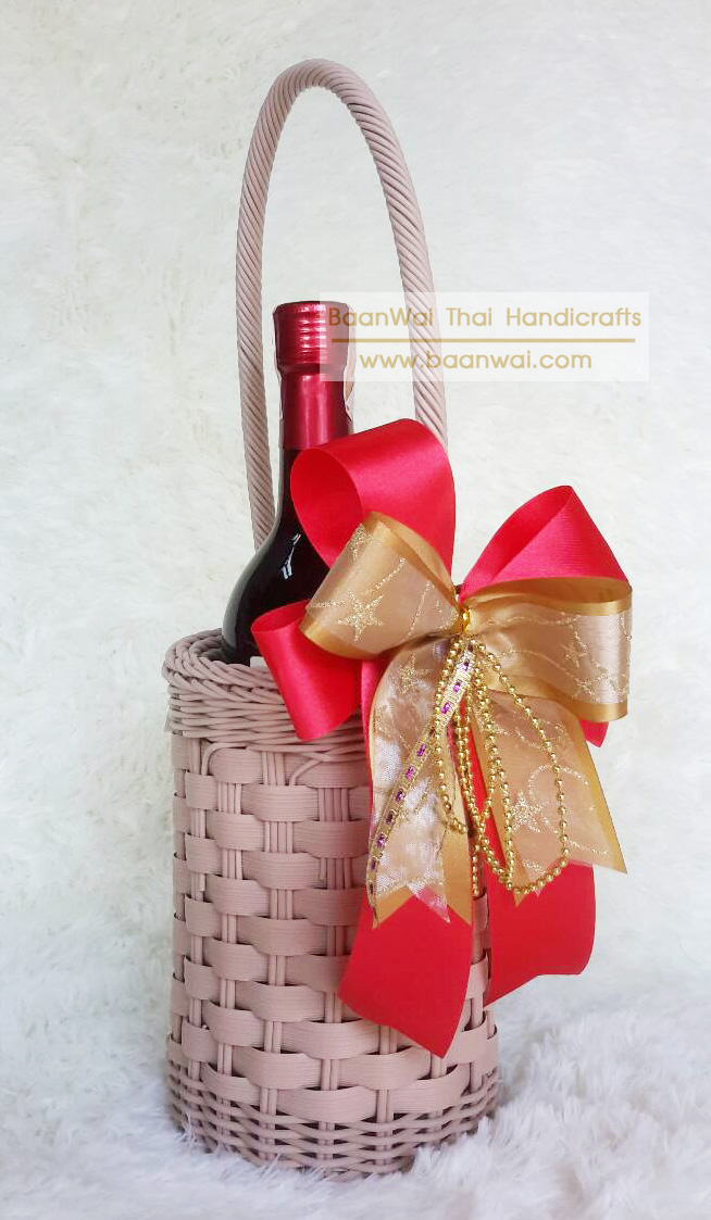 ตะกร้าใส่ขวดไวน์ 1 ขวด หวายเทียม