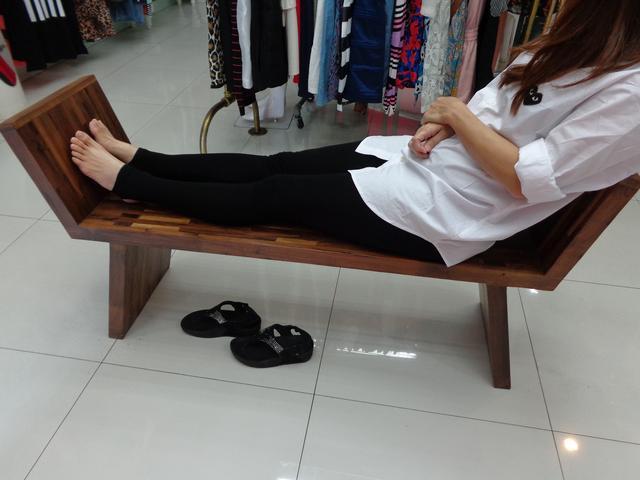 เก้าอี้นั่งเหยียดขาไม้ประสาน