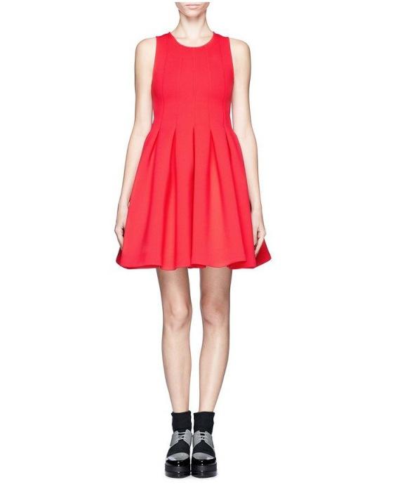 [พรีออเดอร์] ชุดเดรสผู้หญิงแฟชั่นยุโรปใหม่ แขนกุด กระโปรงสั้น แบบเก๋ เท่ห์ - [Preorder] New European Fashion Slim Sleeveless Dress