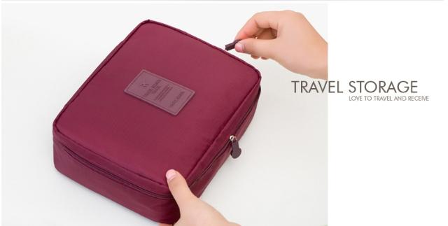 กระเป๋าเครื่องสำอาง/อุปกรณ์อาบน้ำ Travel storage สีม่วง