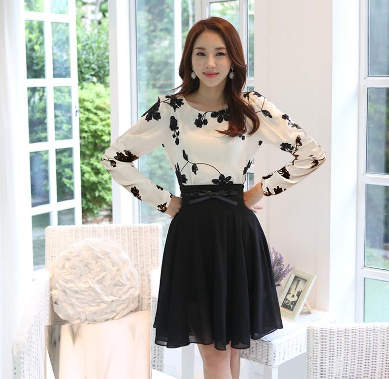 [พรีออเดอร์] ชุดเดรสผู้หญิงแฟชั่นเกาหลีใหม่ แขนยาว แบบเก๋ เท่ห์ - [Preorder] New Korean Fashion Slim Round Neck Long-sleeved Dress