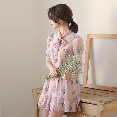 [พรีออเดอร์] ชุดเดรสหวานผู้หญิงแฟชั่นเกาหลีใหม่ แขนสั้น แบบเก๋ เท่ห์ - [Preorder] New Korean Fashion Short-Sleeve Sweety Dress