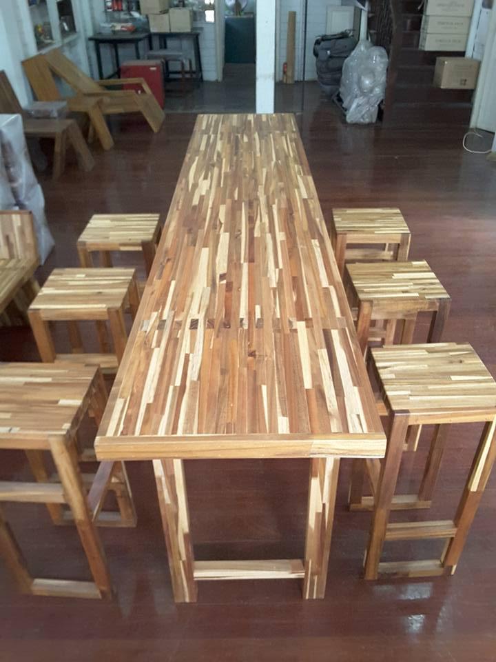ชุดโต๊ะบาร์ 6 ที่นั่ง