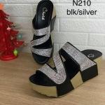 รองเท้าแฟชั่น ส้นเตารีด สวยหรู แบบสวม คาดหน้าดีไซน์คาดเฉียงเก็บหน้าเท้า แต่งเพชร เต็มสวยหรูดูดี พื้นนิ่ม ใส่สบาย แมทสวยได้ทุกชุด (N210)