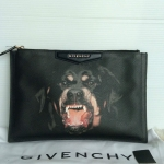 (SOLDOUT)GIVENCHY rottweiler clutch