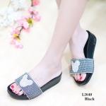รองเท้าแตะแฟชั่น แบบสวม สวยน่ารัก สไตล์เพื่อสุขภาพ คาดหน้าแต่งลายมิกกี้ พื้นซอฟคอมฟอตนิ่มสไตล์ฟิตฟลอบ (L2640)