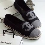รองเท้าคัทชู ทรง slip on สไตล์ชาแนล แต่ง CC สวยเก๋ ตัดขอบพื้นเชือกถัก รุ่น hot hit ใส่สบาย แมทเก๋ได้ทุกชุด (319-1166)