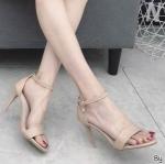 รองเท้าแฟชั่น ส้นสูง รัดข้อ แบบสวม หนังเงาแต่งตุ้งติ้งเพชรที่สายรัดข้อเรียบหรู สูงประมาณ 4 นิ้ว ใส่สบาย แมทสวยได้ทุกชุด (K5906)