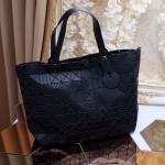 """กระเป๋าแฟชั่น สไตล์ Issey Miyake Bao Bao สวยเกินคำบรรยาย งานเกาหลี รุ่นล่าสุด ทรง shopping Bag ใบใหญ่ ใส่ของได้จุใจ ลายกราฟฟิคแบบใหม่สุด เก๋ น่าใช้มากๆ สีพื้นเมทาลิค สวยทุกสี size 14"""""""